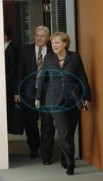 Merkel,  Angela - Politician,  CDU,  Chancellor of Germany - and Frank-Walter Steinmeier - 13.02.2008  For-commercial-use-please-contact-ullstein-bild!
