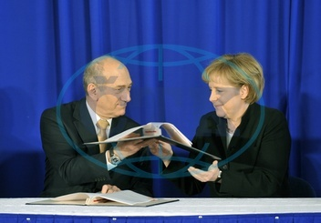 Angela Merkel - Politician,  CDU,  Chancellor of Germany - visiting Israel - with Prime Minister Ehud Olmert during the signing a cooperation agreement - 17.03.2008  For-commercial-use-please-contact-u