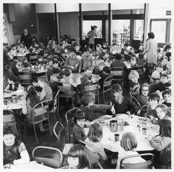 School dinner,  primary school in Wales