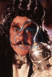 HOOK DUSTIN HOFFMAN AS CAPTAIN HOOK AN AMBLIN ENTERTAINMENT