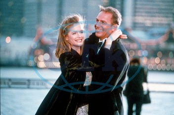 FOR THE LOVE OF THE GAME KELLY PRESTON AND KEVIN COSTNER DIRECTOR: SAM RAIMI UNIVERAL PICTURES PICTURE FROM THE RONALD GRANT ARCHIVE FOR THE LOVE OF THE GAME