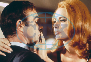 Sean Connery,  herec,  Karin Dor,  herečka,  role,  James Bond