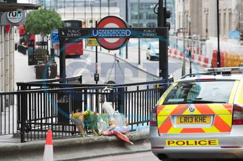 Flowers at London Bridge. Investigation continues the day after Terror attack in London Bridge and Borough Market. London,  UK 04/06/2017