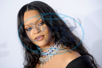 Rihanna,  zpěvačka,  Rihanna's 3rd Annual Diamond Ball - NYC