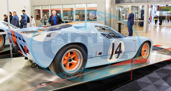 Ford GT40Gulf/Mirage Lightweight Racing Car M1,  závodní auto,  automobil