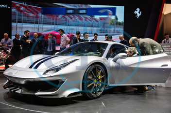 Ferrari 488 Pista,  auto,  automobil,  supersport,  V8