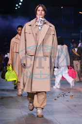 Louis Vuitton Paris Men Autumn Winter 2019,  model,  přehlídka