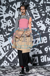 Izzue Catwalk - London Fashion Week February 2019