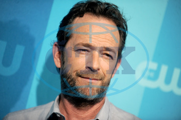 "â¤ËœBeverly Hills,  90210â¤â""˘ star Luke Perry hospitalized after reports of massive stroke"