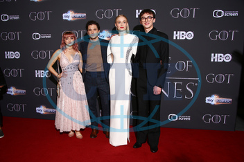 Maisie Williams,  Kit Harington,  Sophie Turner,  Isaac Hempstead