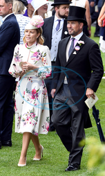 Autumn Phillips,  Peter Phillips,  manžel,  klobouk,  cylindr,  Royal Ascot - Day Three - Ascot Racecourse