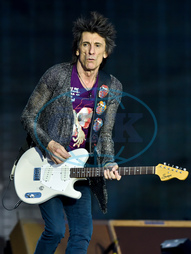 RONNIE WOOD,  kytarista