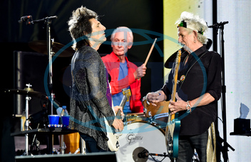 RONNIE WOOD,  CHARLIE WATTS,  KEITH RICHARDS