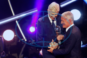 ARSÉNE WENGER,   DIDIER DESCHAMPS