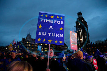 Británie-EU-demonstrace-parlament-brexit, APTOPIX