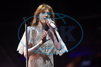 FLORENCE WELCHOVÁ,  zpěvačka,  Florence and the Machine