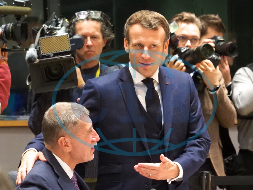 Andrej Babiš, premiér, Emanuel Macron, prezident, novináři, fotograf, kameraman, kamera, vlajka,  arrives for the EU summit at the EU headqua