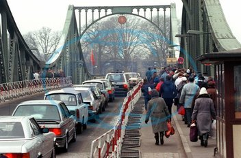 Openings of German-German borders - Glienicker Bridge