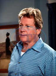 DESPERATE HOUSEWIVES  [US TV SERIES 2004 - ] Series#1/Episode#13/Your Fault  RYAN O'NEAL as Rodney Scavo DESPERATE HOUSEWIVES