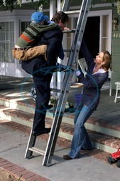 DESPERATE HOUSEWIVES  [US TV SERIES 2004 - ] Series#1/Episode#13/Your Fault  ZANE HUETT as Parker Scavo,   RYAN O'NEAL as Rodney Scavo,  FELICITY HUFFMAN as Lynette Scavo  DESPERATE HOUSEWIVES