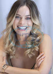 Margot Robbie p;romotes the film Once Upon A Time in Hollywood,  at the Four Season,  Beverly Hills.,  herečka
