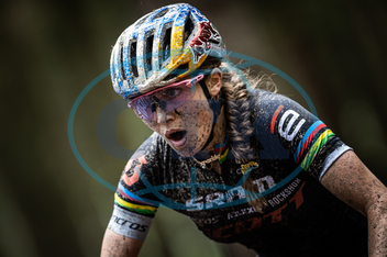 Kate Courtney,  sportovkyně,  cyklistka,  sportovec,  cyklista