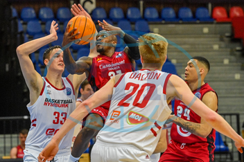 Stephen Zimmerman,  Dylan Ennis,  Hayden Dalton,  Jacob Wiley,  basketbalista,  sportovec