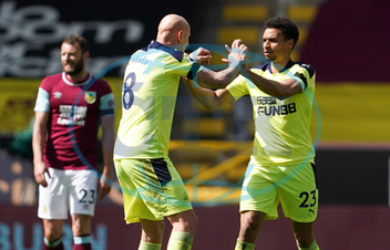 Jacob Murphy,  Jonjo Shelvey